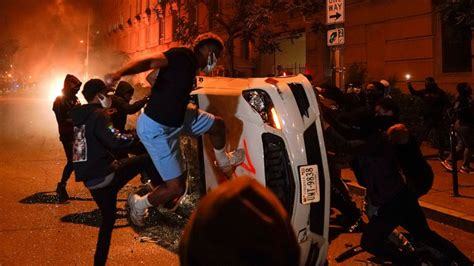 The Latest: More than 15 arrested during Charlotte