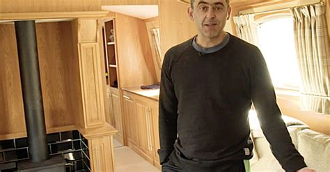 Ronnie O'Sullivan is selling his canal boat and wants