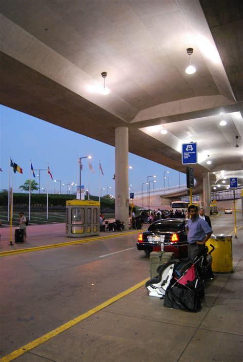 Chicago O'Hare Airport Terminal 5   Chicago O'Hare Airport