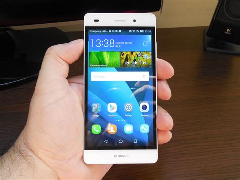 Huawei P8 Lite Review: Light and Affordable, Once Again an
